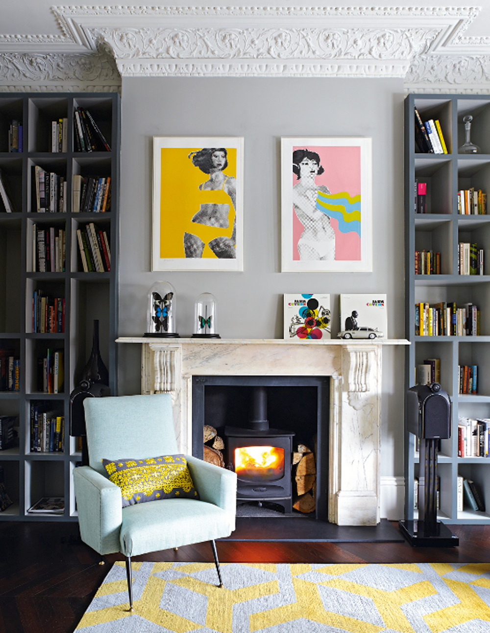 Bold Art Can Do So Much For A Room Gerald Laings Pop Prints Really Warm Up This Grey Living Image Livingetc