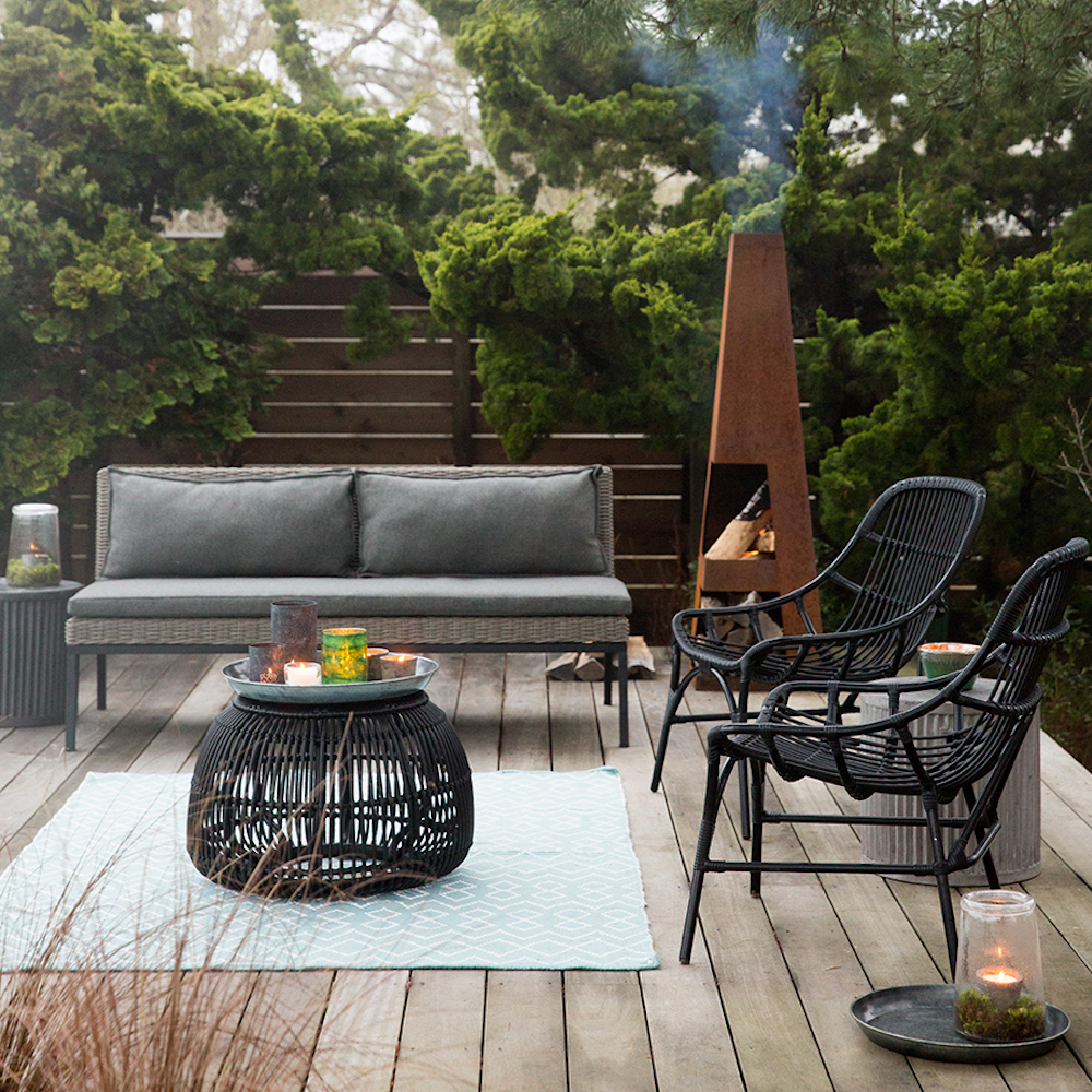Garden with chiminea, outdoor fireplace, outdoor summer living
