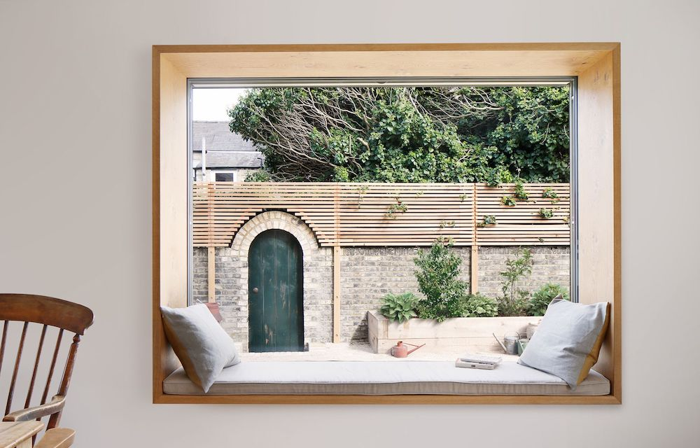 Timber window seat || natural timber in interiors - FIRST SENSE